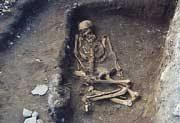 埋葬された縄文時代後期の人骨